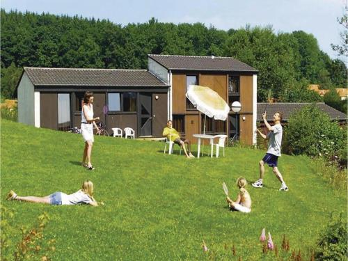 Holiday Home Virton 10