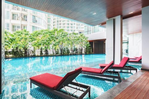 The Room Sukhumvit 69 By Favstay, Bangkok