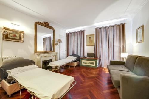 Place des Vosges Apartment ID96