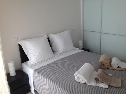 Cândido Reis Apartments