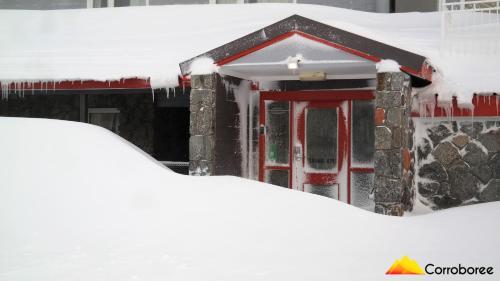 Corroboree Ski Lodge