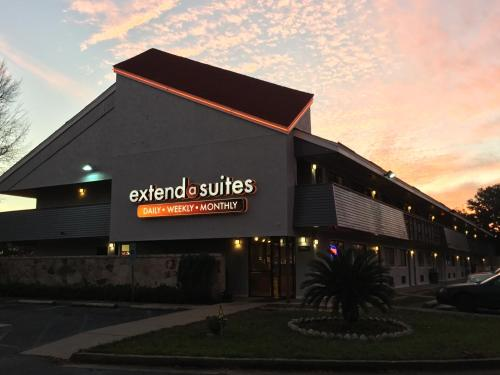 Extend-a-Suites Mobile North