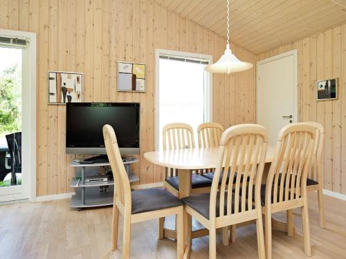 Three-Bedroom Holiday home in Vig 1
