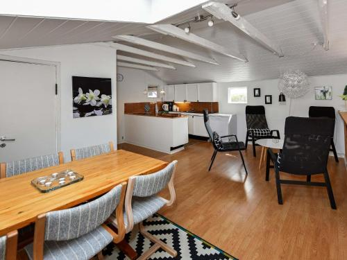 Three-Bedroom Holiday home in Oksbøl 47