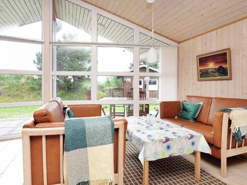 Three-Bedroom Holiday home in Fanø 10