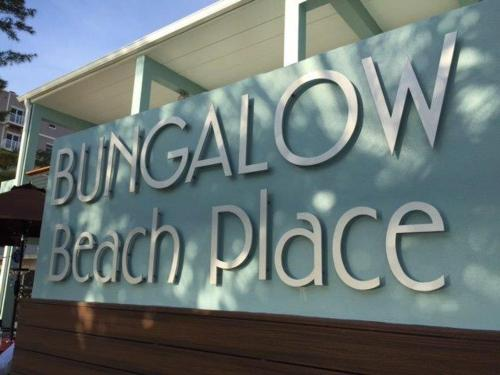 Bungalow Beach Place 1