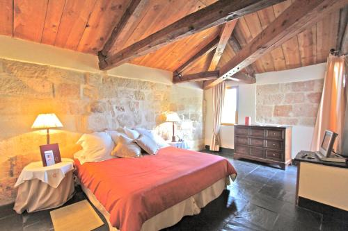 Suite Junior - Uso individual Posada Real Castillo del Buen Amor 1