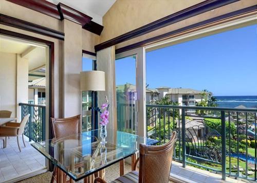 Best Price on Waipouli Beach Resort D408 in Kauai Hawaii Reviews
