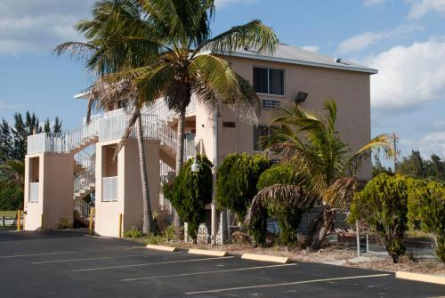 Picture of Tahitian Inn