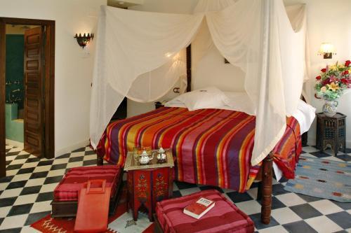 Habitación Romántica Alcoba del Rey de Sevilla 12