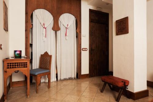 Habitación Romántica Alcoba del Rey de Sevilla 14