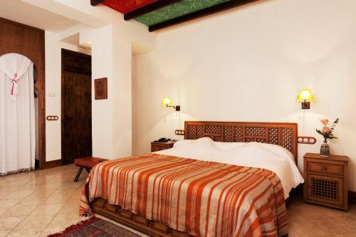 Habitación Romántica Alcoba del Rey de Sevilla 15