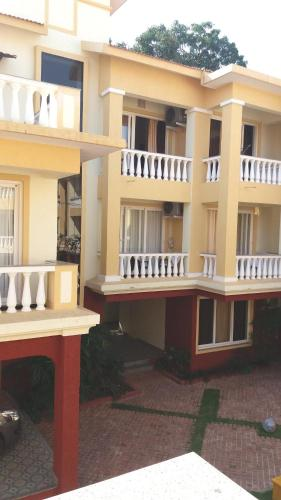 Property Image#10 Bu0026F Amber Gardens III