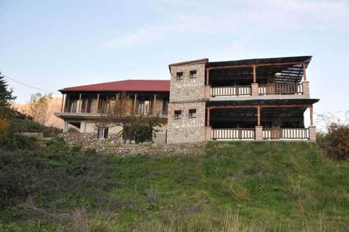 Photo of Guesthouse Kastania Hotel Bed and Breakfast Accommodation in Kastanéa N/A