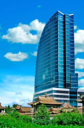 Отель The Blue Sky Hotel and Tower