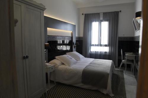 Double or Twin Room - single occupancy La Casa del Médico 2