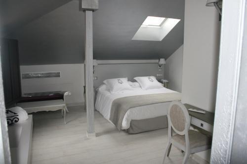 Superior Double Room - single occupancy La Casa del Médico 4