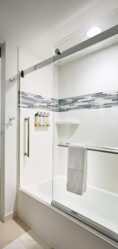 Even Hotels Miami Airport In Miami Fl Room Deals Photos Reviews
