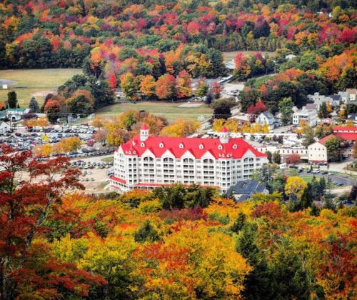 More about RiverWalk Resort at Loon Mountain