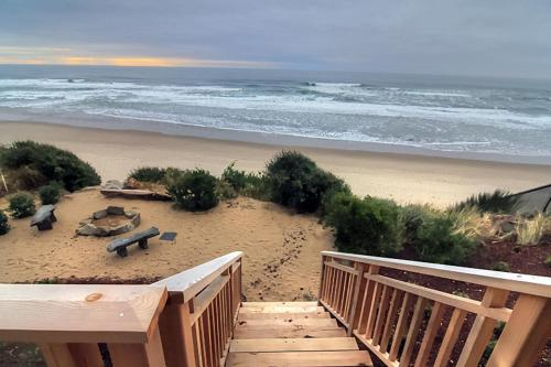 Surfer's View Home
