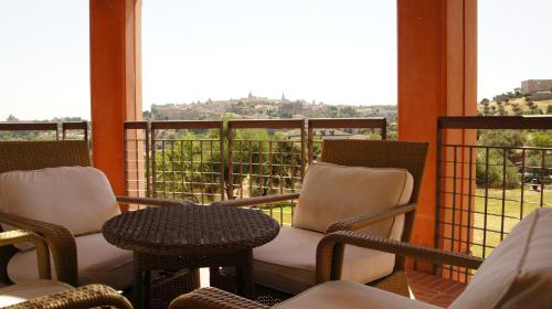 Suite Hotel Cigarral el Bosque 8