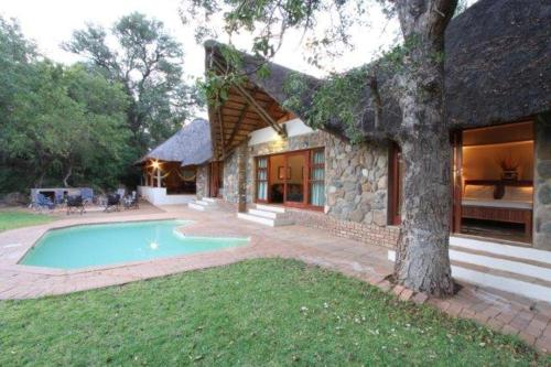 Game Lodge- Makgolo
