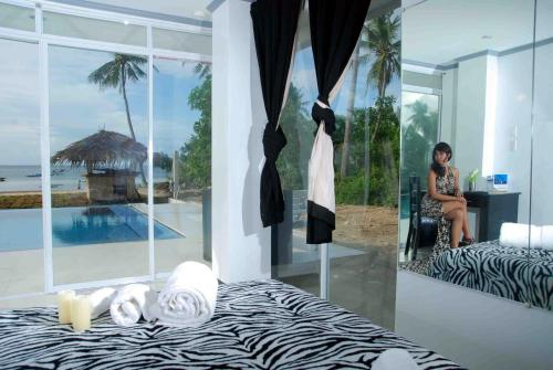 Deluxe Double Room with Pool View - 1st Floor