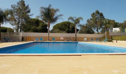 One Bedroom Apartment with Pool View- Albufeira