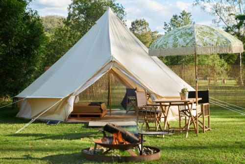 Flash Camp Coolendel, Burrier