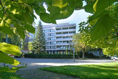 HAK Hotel am Klostersee front view