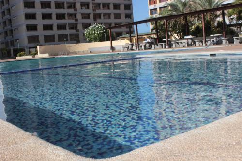 Conjunto Residencial Los Geraneos, Pampatar