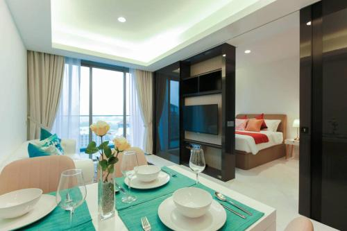 Luxury 2br Bachelor Pad by guesthouse, Singapura