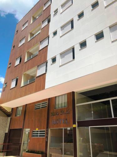 Iron Flat Residence Service