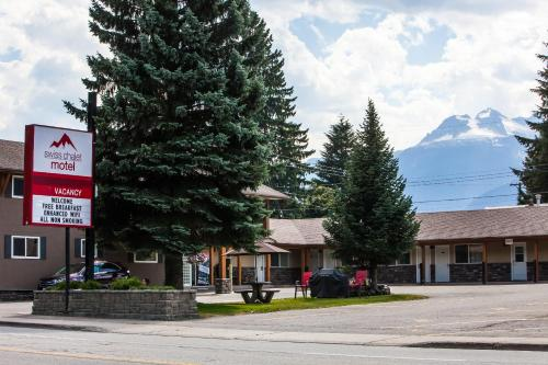 Swiss Chalet Motel