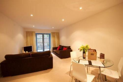 Photo of Portland Apartments - Harbour House Hotel Bed and Breakfast Accommodation in Bristol Bristol