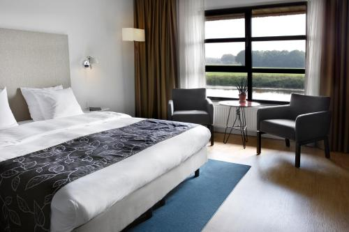 Deluxe Double Room River View