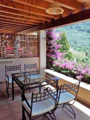 Two-Bedroom Apartment with Terrace (4 Adults) Hotel Apartament Sa Tanqueta De Fornalutx - Adults Only 6