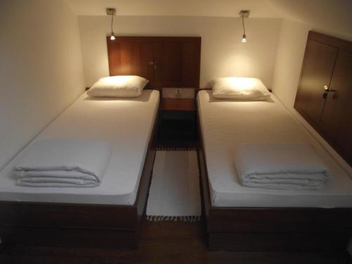 HotelAurora Hostel