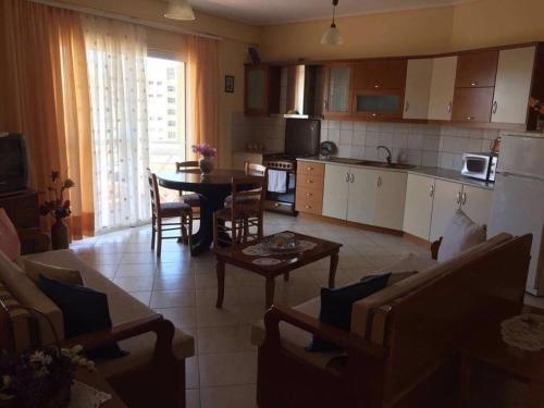Konomi Apartments, Sarandë