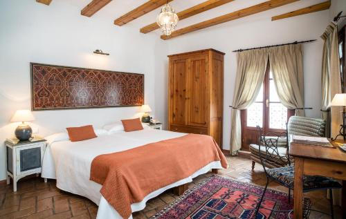 Double or Twin Room Hotel La Casa del Califa 7