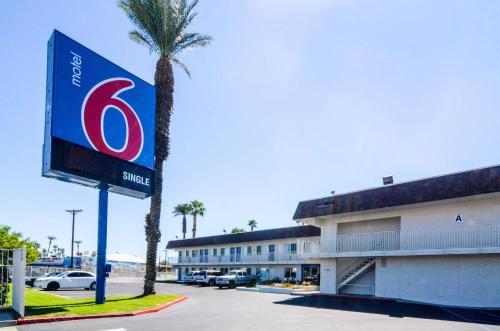 Motel 6 Indio - Palm Springs Area