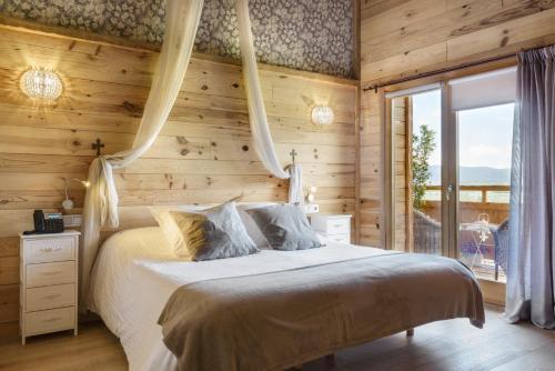 Superior Double Room Hotel Viñas de Lárrede 13