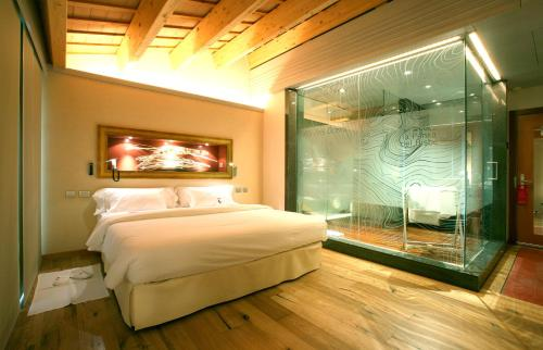 Deluxe Double Room with Spa Access Can Bonastre Wine Resort 1
