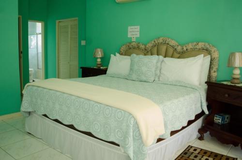 Tiana Villa Estate, Montego Bay