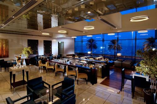 Hyatt Regency Dubai - Corniche photo 42