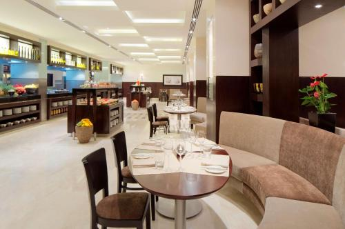 Hyatt Regency Dubai - Corniche photo 44