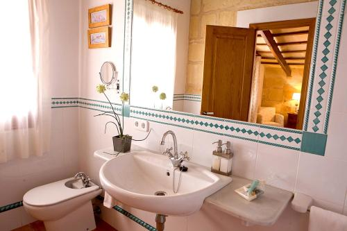 Superior Double or Twin Room with Garden View Hotel Rural Morvedra Nou 4