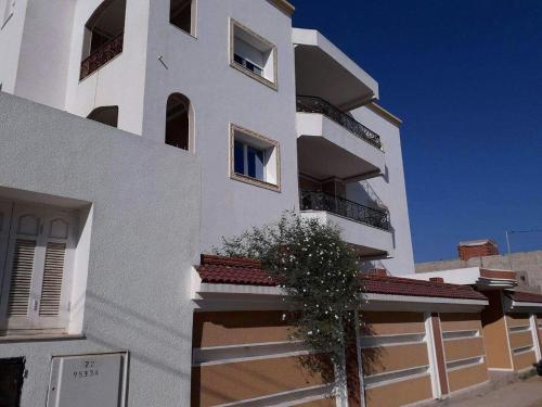 Miriam Apartments, Mahdia