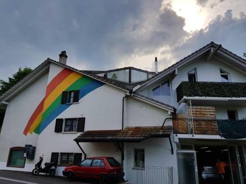 Regenbogenhaus mit 2 Zimmer Apartment