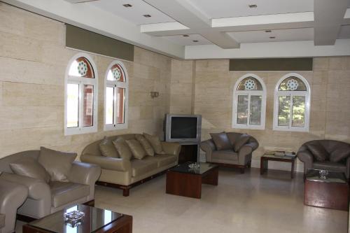 AL Jawhara Palace, Broummana